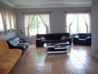 Lounges - 64 square meters of property in Mossel Bay