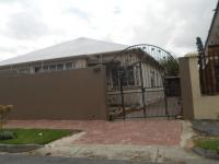 2 Bedroom 1 Bathroom in Rosettenville