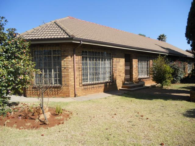 Absa Bank Trust Property House for Sale For Sale in Springs - MR086081