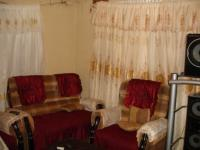 Lounges of property in Khuma