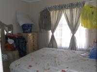 Bed Room 1 - 9 square meters of property in Honey Park