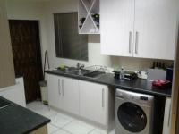 Kitchen - 10 square meters of property in Kosmosdal