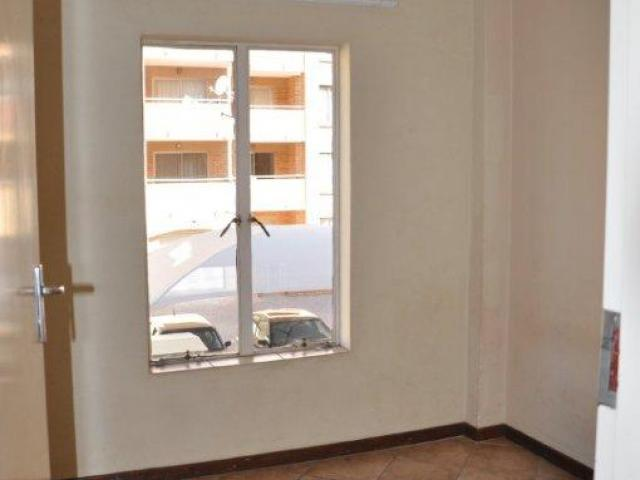 3 Bedroom Apartment for Sale For Sale in Die Hoewes - Home Sell - MR086396