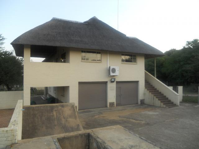 Standard Bank Repossessed 7 Bedroom House for Sale on online auction in Centurion Central (Verwoerdburg Stad) - MR086781