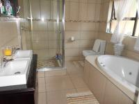 Main Bathroom - 9 square meters of property in Boksburg