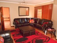 Lounges - 124 square meters of property in Boksburg