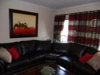 Lounges - 18 square meters of property in Annlin