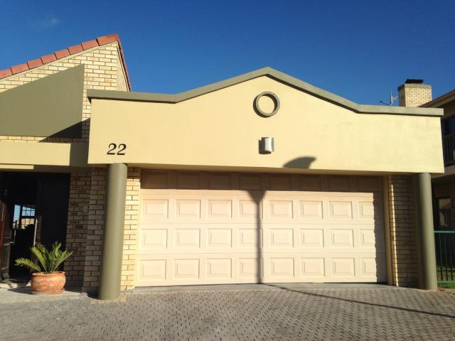 3 Bedroom House for Sale For Sale in Hartenbos - Private Sale - MR087063