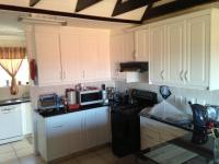 Kitchen - 17 square meters of property in Hartenbos