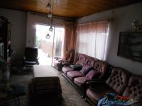 Lounges - 17 square meters of property in Eersterust