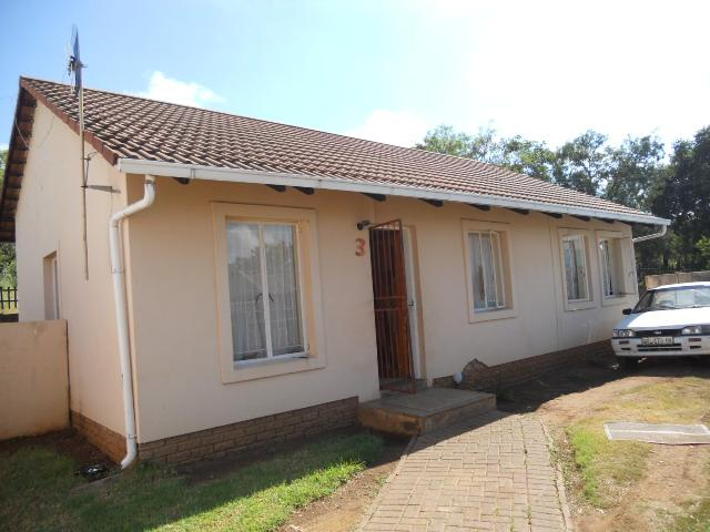 3 Bedroom House for Sale For Sale in Elandspoort - Home Sell - MR087175