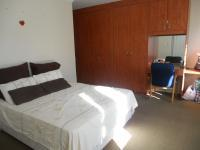 Main Bedroom - 26 square meters of property in Bellville