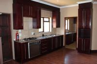 Kitchen - 13 square meters of property in Hartbeespoort