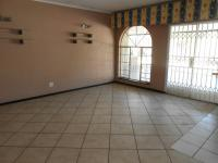 Dining Room - 29 square meters of property in Sunward park
