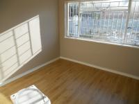 Bed Room 2 - 10 square meters of property in Alberton