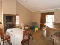 Dining Room - 17 square meters of property in Villieria