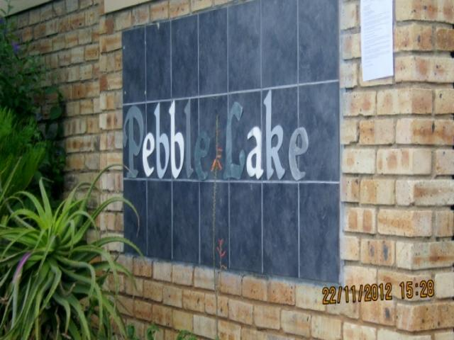 Standard Bank EasySell 2 Bedroom Apartment For Sale in Strubensvallei - MR087615