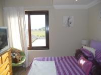 Bed Room 1 - 10 square meters of property in Hartbeespoort