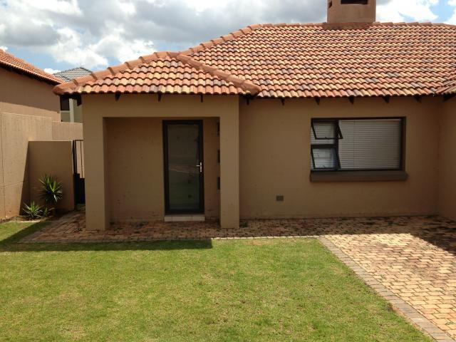 3 Bedroom House for Sale For Sale in Centurion Central (Verwoerdburg Stad) - Home Sell - MR087727