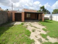 3 Bedroom 2 Bathroom House for Sale for sale in Humansdorp