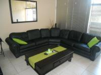 Lounges - 16 square meters of property in Meyerspark