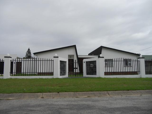 Standard Bank EasySell 3 Bedroom House for Sale For Sale in Parsons Vlei - MR087890
