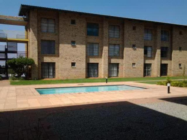 1 Bedroom Apartment for Sale and to Rent For Sale in Potchefstroom - Private Sale - MR087962