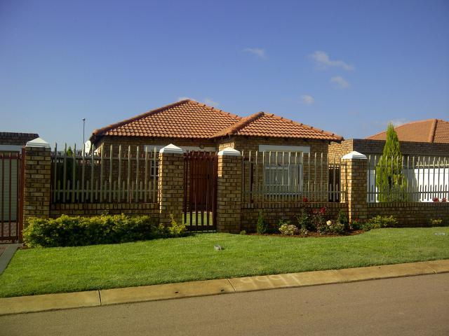 3 Bedroom House for Sale For Sale in Pretoria North - Private Sale - MR088051