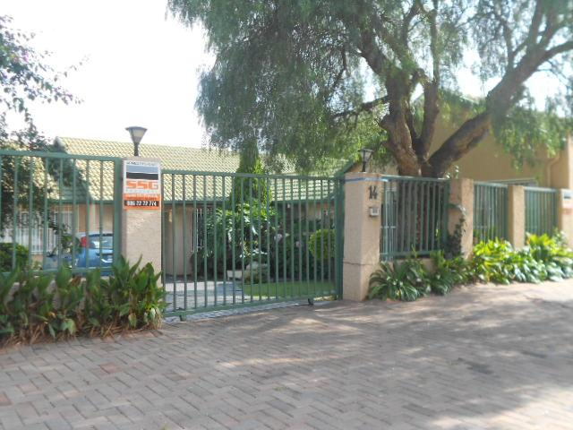 4 Bedroom House for Sale For Sale in Isandovale - Private Sale - MR088062