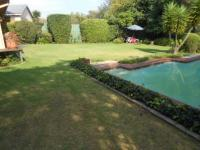 Garden of property in Isandovale
