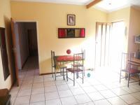 Dining Room of property in Kraaifontein