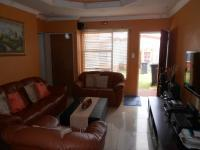 Lounges - 14 square meters of property in Ridgeway