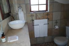 Bathroom 1 - 3 square meters of property in Kleinmond