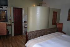 Bed Room 5+ - 46 square meters of property in Kleinmond