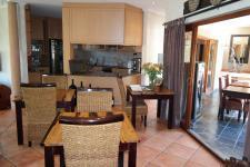 Dining Room - 23 square meters of property in Kleinmond
