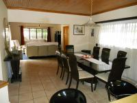 Dining Room - 22 square meters of property in Plettenberg Bay