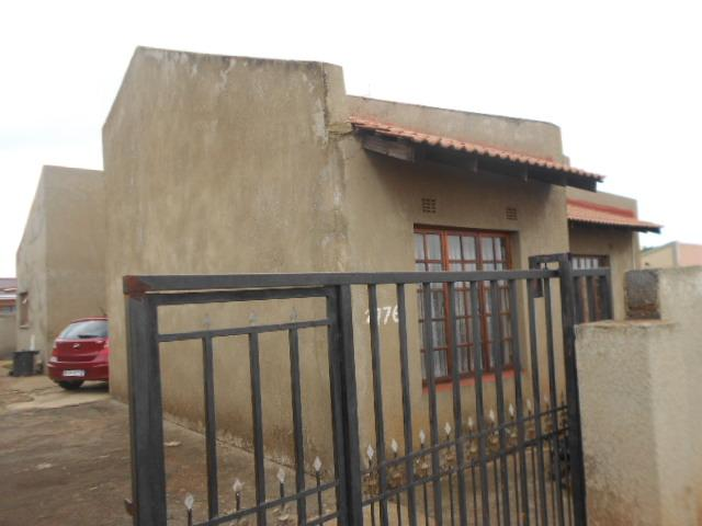 3 Bedroom House for Sale For Sale in Alberton - Private Sale - MR088470