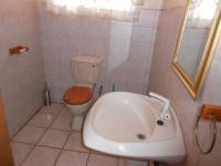 Bathroom 1 - 5 square meters of property in Alberton