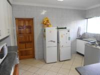 Kitchen - 28 square meters of property in Noordheuwel