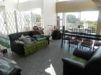 Lounges - 80 square meters of property in Florauna