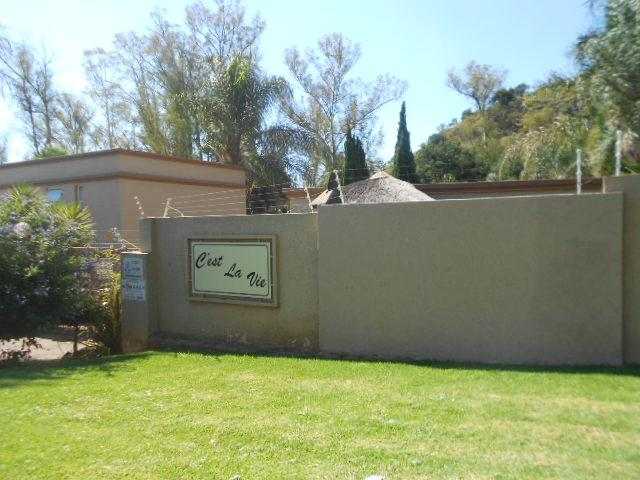 1 Bedroom Apartment for Sale For Sale in Roodekrans - Home Sell - MR088647