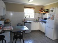Kitchen - 13 square meters of property in Roodekrans