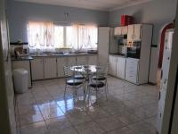 Kitchen of property in Warrenton