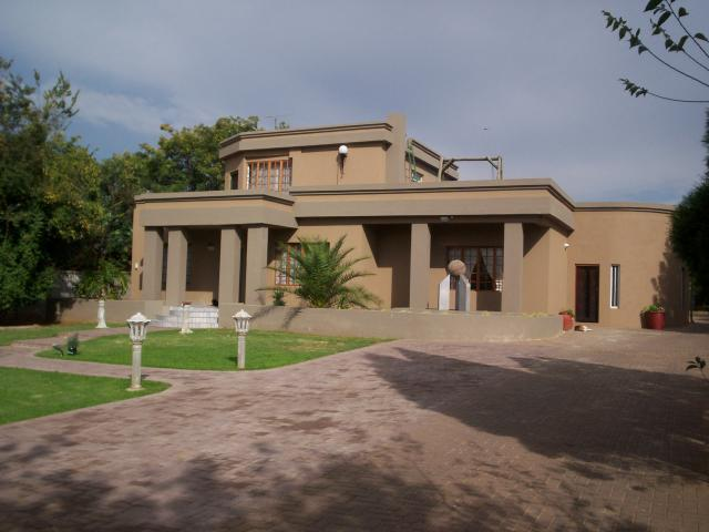 3 Bedroom House for Sale For Sale in Vereeniging - Private Sale - MR088802