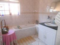 Bathroom 2 - 9 square meters of property in Eldoraigne