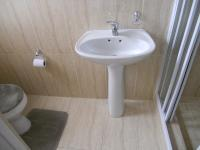 Bathroom 1 - 3 square meters of property in Parklands