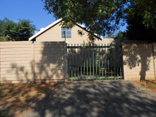 4 Bedroom House for Sale For Sale in Kensington B - JHB - Home Sell - MR088927