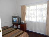 Bed Room 1 - 13 square meters of property in Kensington B - JHB