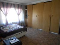 Main Bedroom - 23 square meters of property in Claremont - JHB