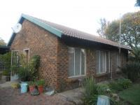 2 Bedroom 1 Bathroom in Daspoort